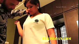 Desi bhabhi tempted and romanced by ladies tailor